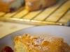 Orzechowe ciasto z morelami i malinami3i