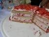 tort-z-truskawkowy