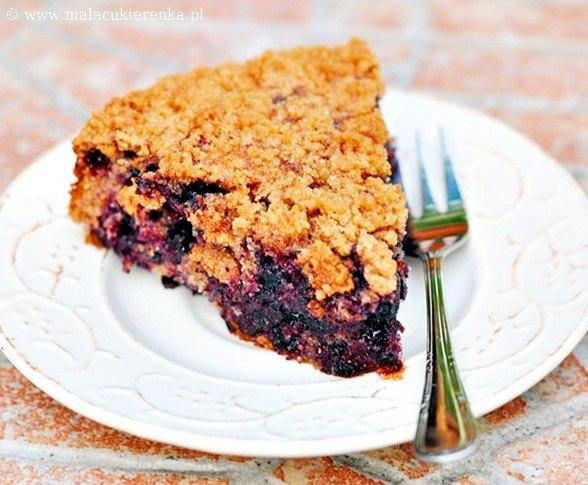 Razowe ciasto z jagodami