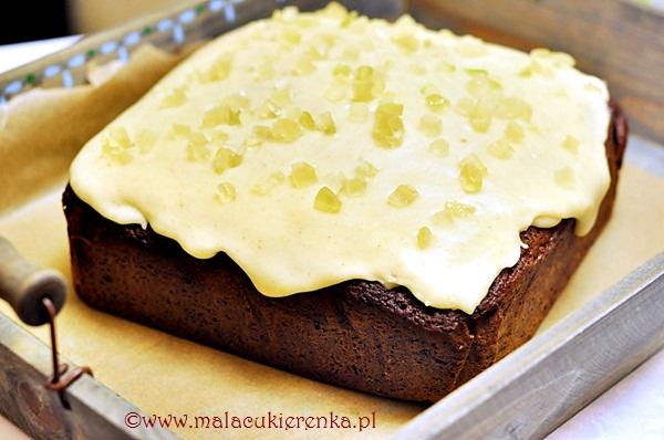 Imbirowe ciasto z melasą i polewą imbirowo cytrynową