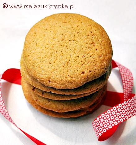 Cukrowe ciasteczka z syropem klonowym