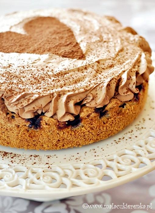 Ciasto z wiśniami i musem czekoladowym