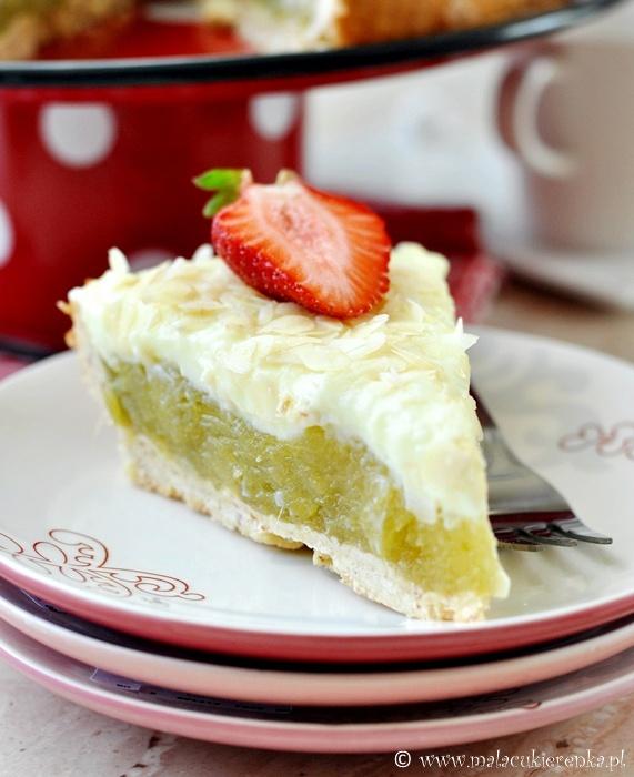 Ciasto z rabarbarem i kremem budyniowym
