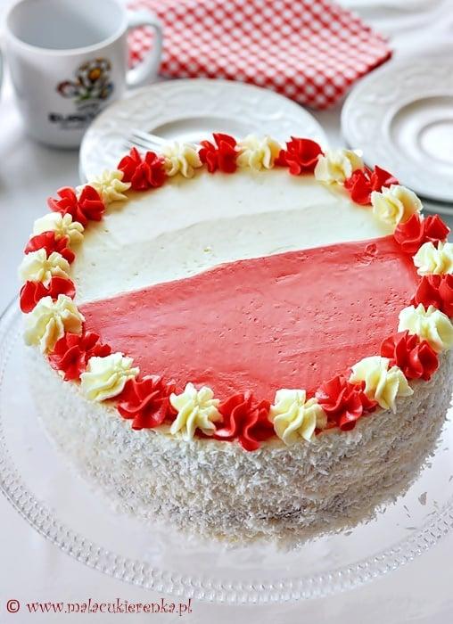 Tort dla kibiców biało czerwony