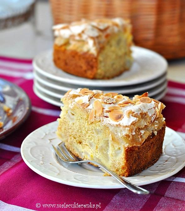 Ciasto z gruszkami i bezą