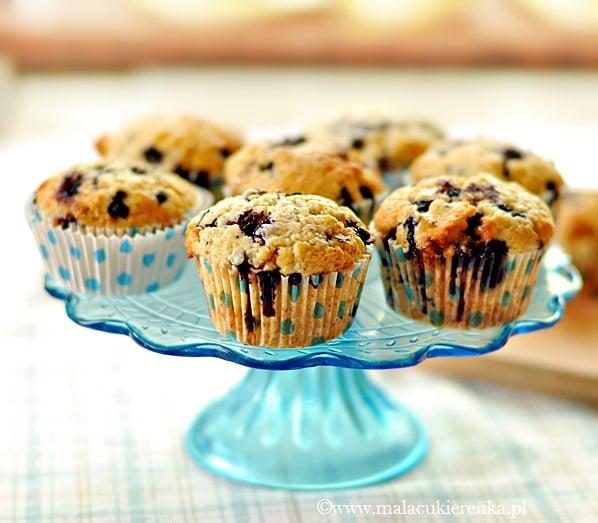 Muffiny z jagodami i krówkami