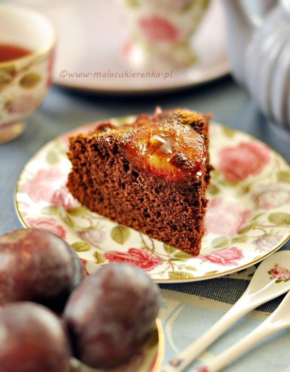 czekoladowe ciasto ze sliwkami