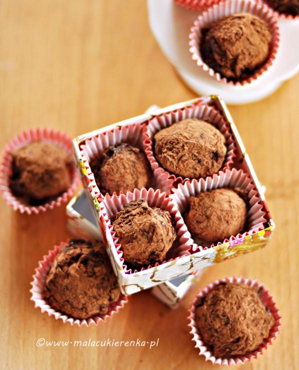trufle z ciemnej czekolady z likierem