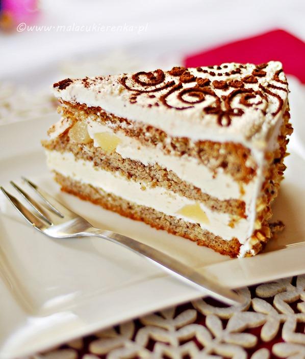 tort orzechowy z gruszkami