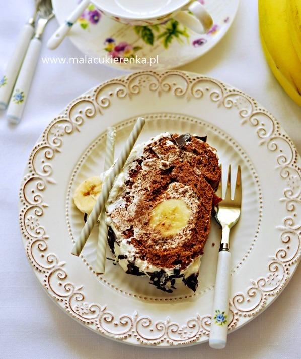 rolada z bananami i czekolada