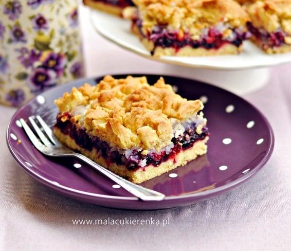 kruche ciasto z jagodami i porzeczkami1
