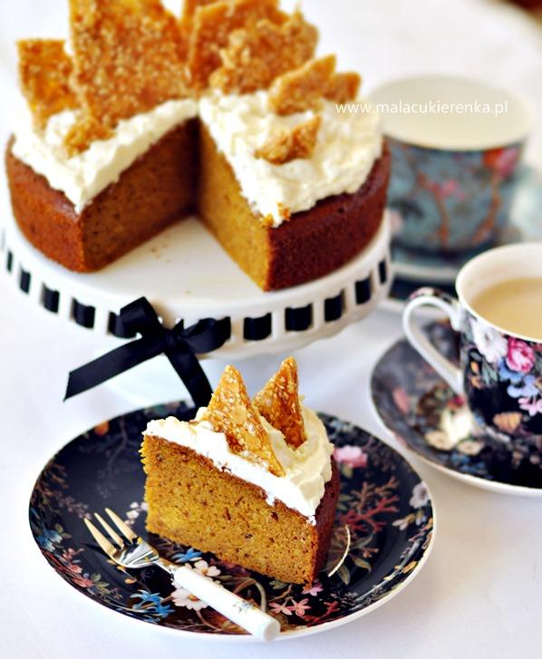 ciasto dyniowe z kremem i sezamkami