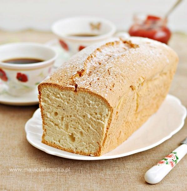 Waniliowe ciasto z białek