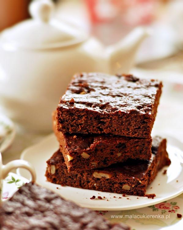 Miodowe brownies z czekoladą