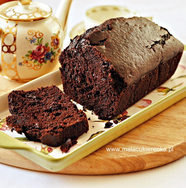 czekoladowe-ciasto-z-dynia