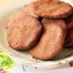 """Książka """"Smakowita Ella""""  oraz ciastka czekoladowo – orzechowe z nasionami chia"""