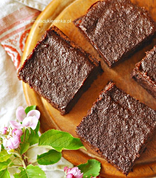 PROSTE BROWNIES z fasolą bez mąki
