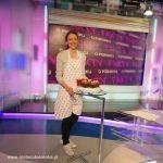Mała Cukierenka w FAKTACH TVP3 Wrocław i tort w kształcie piłki