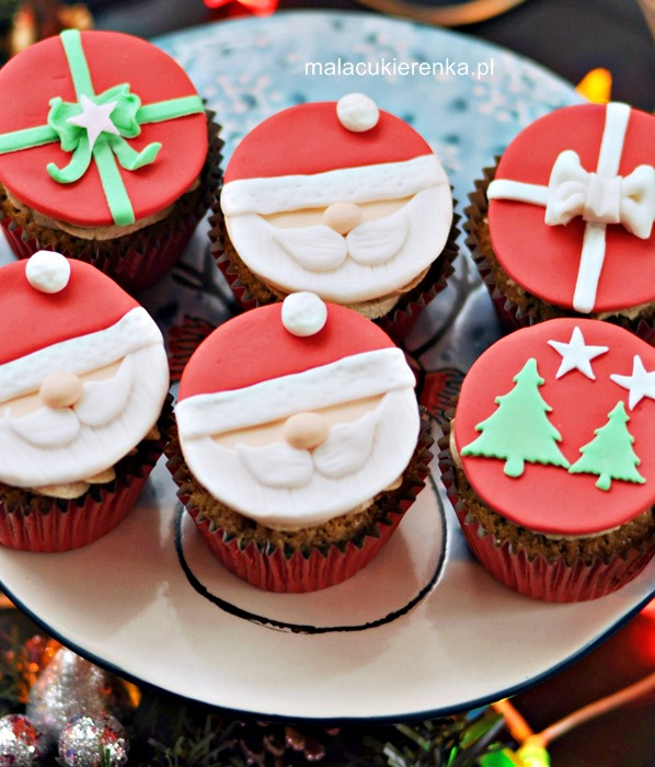Mikołajowe babeczki z cynamonem i miodem