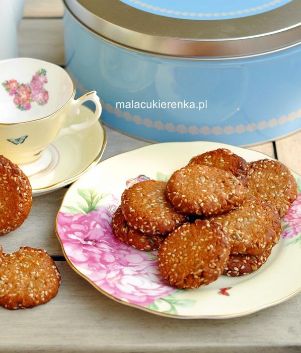 Ciasteczka z sezamem, słonecznikiem i miodem, bez glutenu