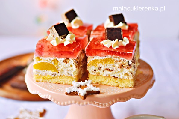 Ciasto PRINCE POLOz brzoskwiniami i galaretką