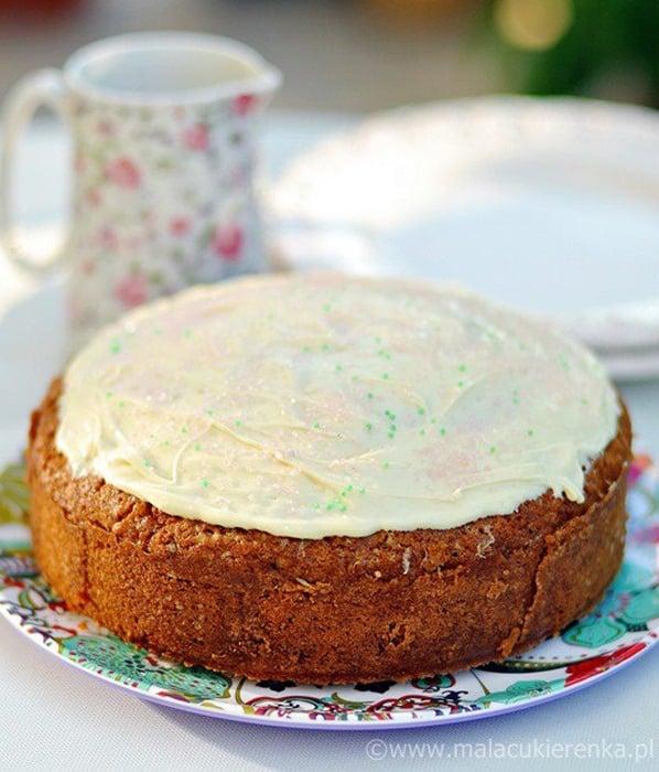 Ciasto limonkowe z kardamonem