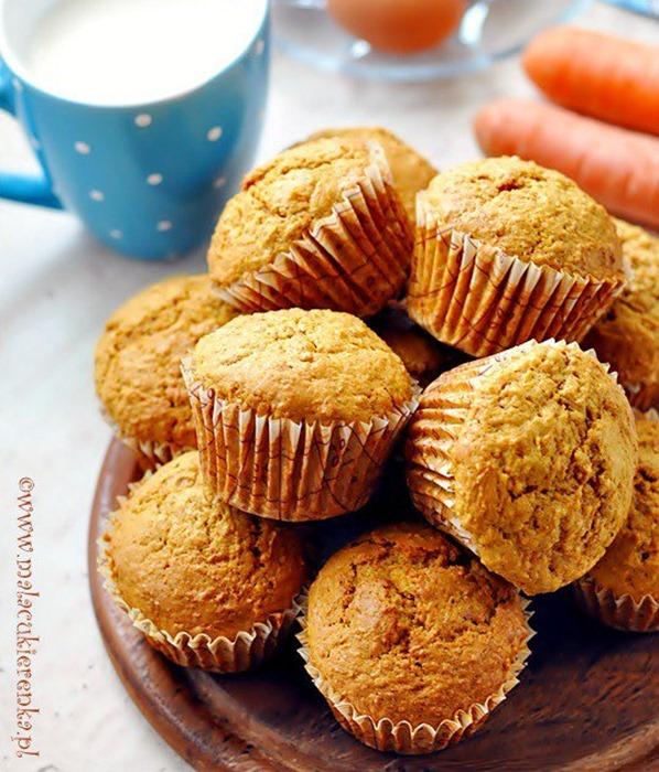 Muffinki z marchewką