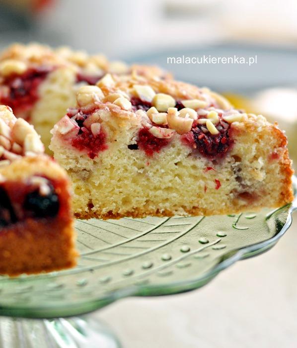 Łatwe ciasto z malinami i migdałami