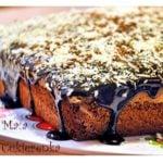 Kokosowe ciasto z mleczną czekoladą i polewą