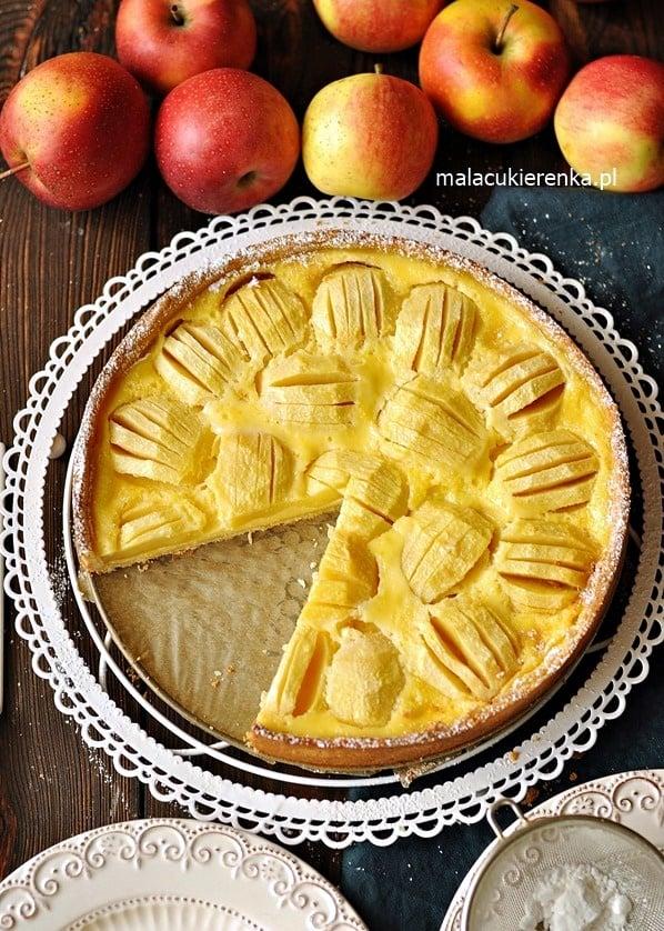Ciasto z Jabłkami w Polewie