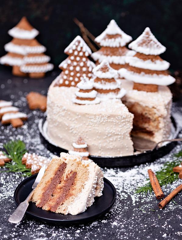 Piernikowy Tort z Czekoladą i Pomarańczą