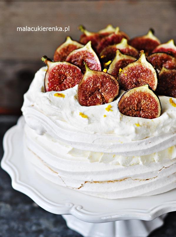 Tort Bezowy z Figami