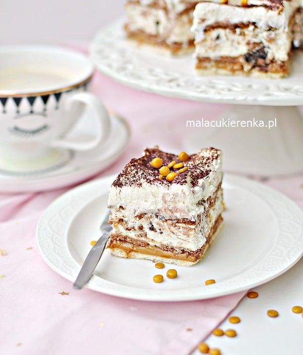 Ciasto LION Bez Pieczenia z Batonikami i Orzeszkami