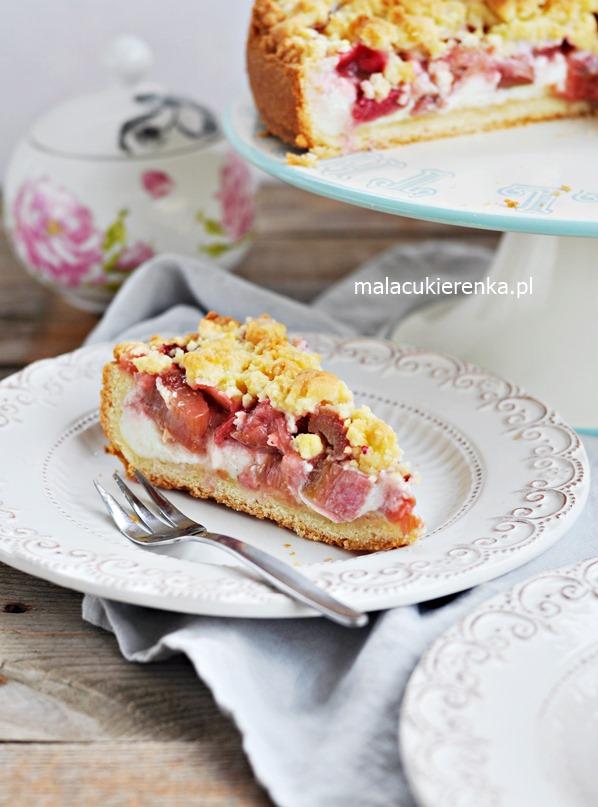 """Kruche ciasto """"Rabarbarowe LOVE"""" z budyniem i serem"""