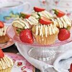 Pyszne, proste muffiny z TRUSKAWKAMI