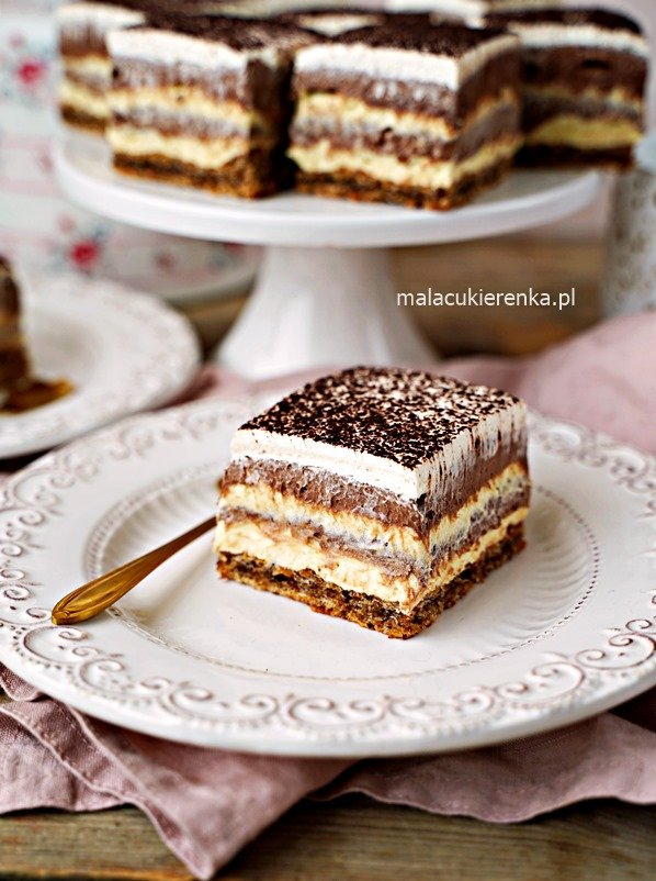 MEGA CIASTO Kremowa Uczta z czekoladą